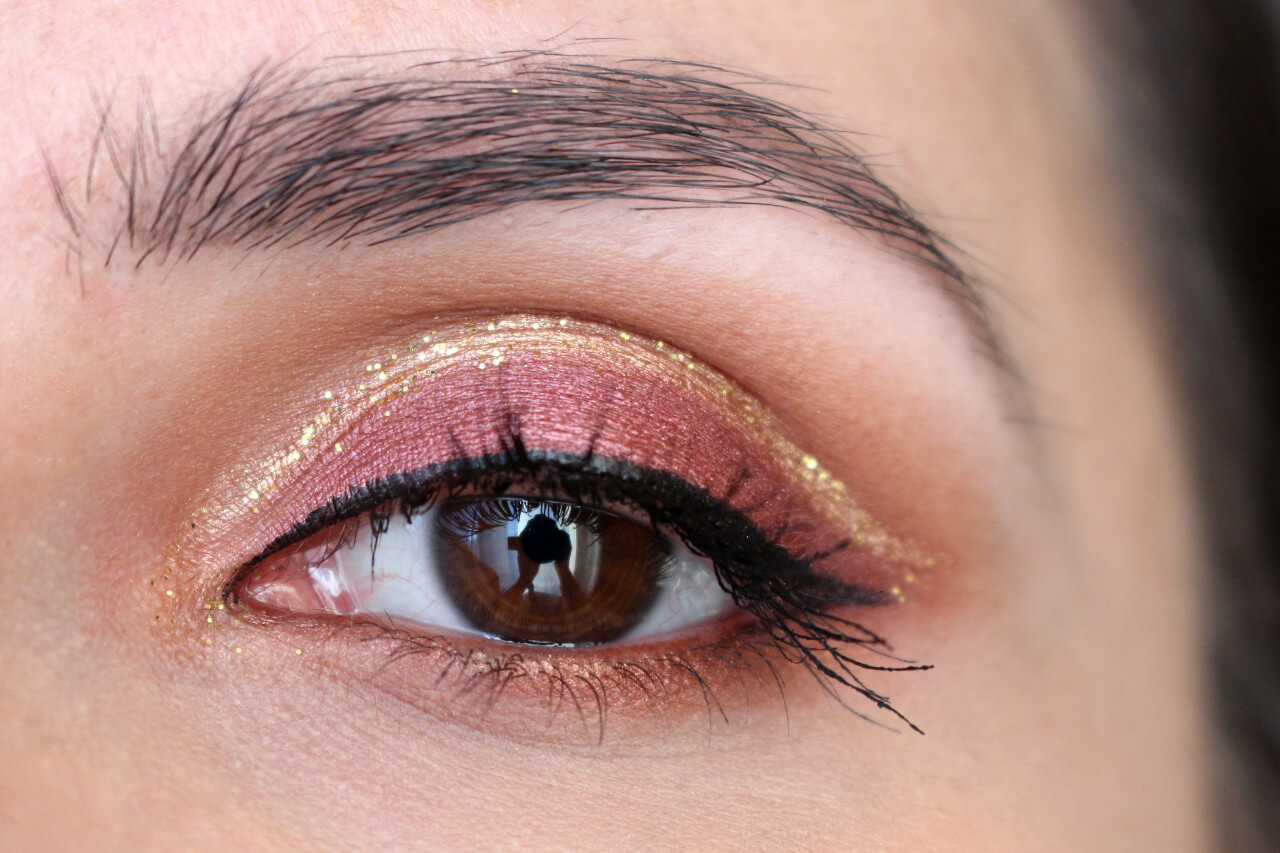cut_crease_gold_glitter_msc_2